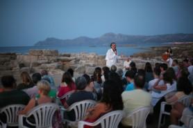 Carlos Garrido se dirige al público