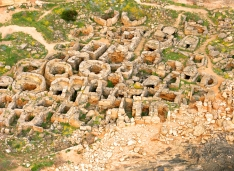 Vista aérea de la necrópolis de Son Real